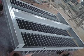 碳钢、不锈钢拦污栅华英品牌为您订做