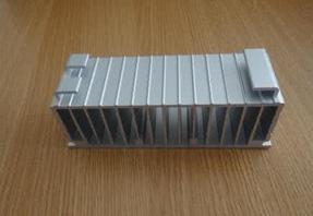 佛山特拉唯专业从事不锈钢散热器厂家、铜翅片散热器、翅片式换