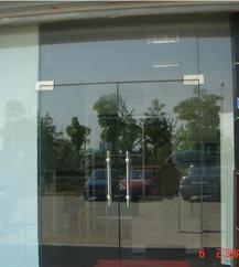 地簧玻璃门