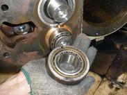 开利06N螺杆压缩机维修