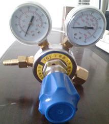 单级压力调节器