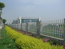 兰州草坪护栏厂,甘肃PVC栏杆厂家,银川PVC护栏在哪里买?