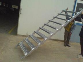 建筑钢跳板新型脚手架跳板安全爬梯