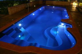 太仓私家泳池设备丨过滤砂缸丨游泳池循环水处理系统厂家