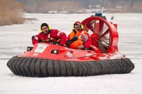 超牛气垫船《景区小型气垫船》开创先河。。霸王龙气垫船