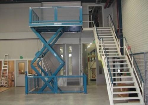 供应大连市固定式货梯、大连固定货梯。