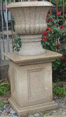 深圳天然白麻石花盆 冬瓜瓣蓮花瓣多種造型石材花盆雕塑定做