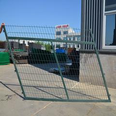 现货供应高铁桥下防护栅栏铁路沿线通用绿色护栏网