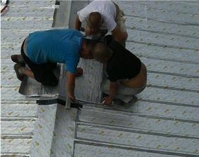 钢结构厂房/金属板厂房漏水专用自粘卷材