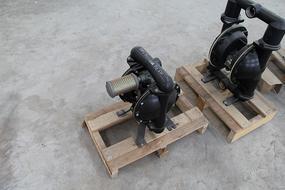 8203;东达自己生产BQG320气动隔膜泵