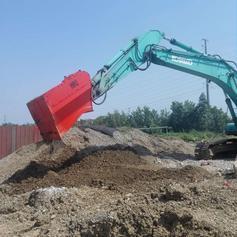 多功能破碎筛芬兰进口ROBI破筛土壤