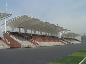 贵州体育场看台膜结构 运动场看台 风雨操场顶棚 学校观礼台膜结构 学校主席台膜结构