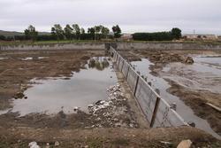 内蒙古大黑河倾斜式水力自控翻板闸门