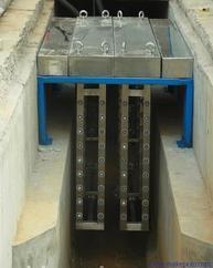 河南漯河污水处理专用明渠式紫外线消毒模块厂家