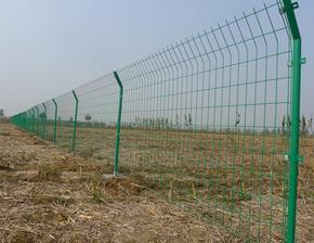 圈地绿色铁丝网厂A仙桃圈地绿色铁丝网厂A圈地绿色铁丝网厂现货
