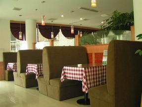 咖啡店装修设计怎么营造气氛?郑州咖啡店装修选择哪家装修公司好?