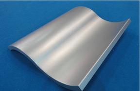 佛山弧形包柱铝单板