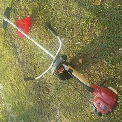原装进口本田GX35割灌机草坪修剪果园边坡除草机