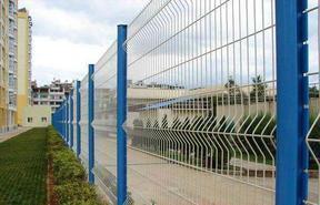 安平乐图护栏网 道路浸塑三角折弯护栏网