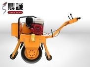 山东哪家生产的小型压路机质量最好?当然是济宁鼎诚