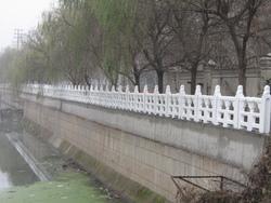 仿木,栏杆,仿汉白玉栏杆,护栏,河道护栏,生态护坡,仿木护栏