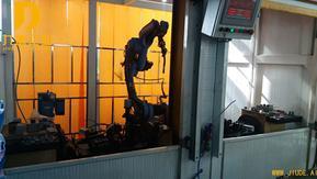 单机双工位汽车踏板焊接工作站