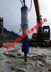 巨强大型劈裂机在开挖矿山岩石中体现硬实力