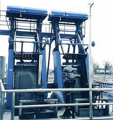 回转式清污机 高链式格栅除污机 移动式抓斗清污机 齿式回转格栅除污机 砂水分离器