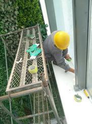 玻璃幕墙固定玻璃施工维修