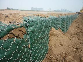 堤坝防护格宾网 河道治理加固格宾笼 镀锌覆塑格宾护垫挡墙