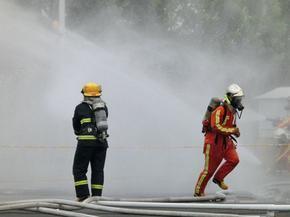 火灾逃生模拟训练演习系统消防队部队火焰训练配套浓烟滚滚喷烟机