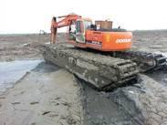 水上挖掘机
