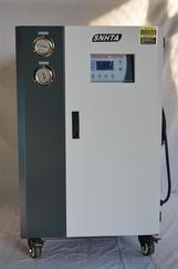 信易牌快速降温款工业冰水机