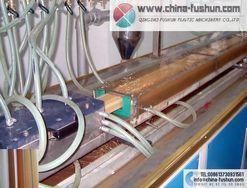 青岛福顺塑料机械供应 木塑型材生产线