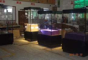 深圳陶瓷展柜订做,瓷器展示柜设计,博物馆展示柜制作