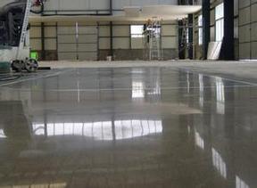 水磨石翻新工程地坪清洗施工