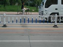 供应市政公路隔离栅