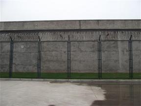 监狱钢网墙 监狱看管区隔离网 监狱隔离网生产厂家